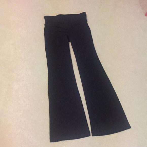 77853b9b5f638 GAP Pants   Body Yoga S Ankle Black   Poshmark